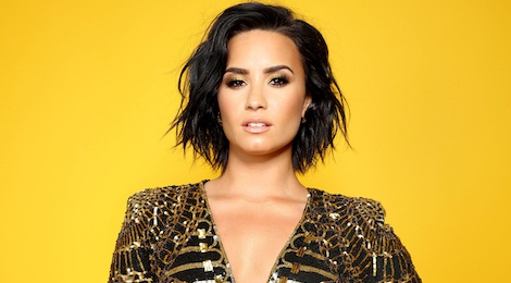 Demi Lovato viet tam thu, lan dau chia se viec nhap vien do soc ma tuy hinh anh