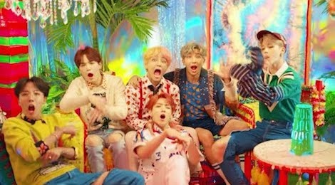 MV Idol - BTS hinh anh