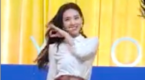 (Fancam) Yes Or Yes - Na Yeon (TWICE) hinh anh