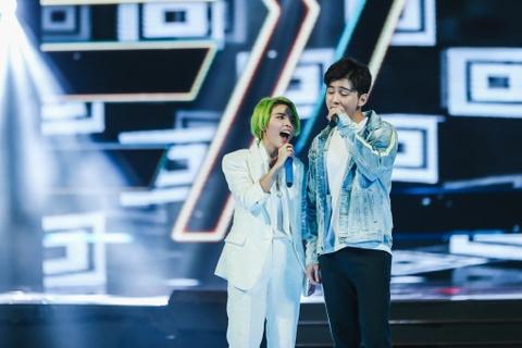 Vu Cat Tuong song ca hot boy Malaysia trong concert hoanh trang hinh anh 4