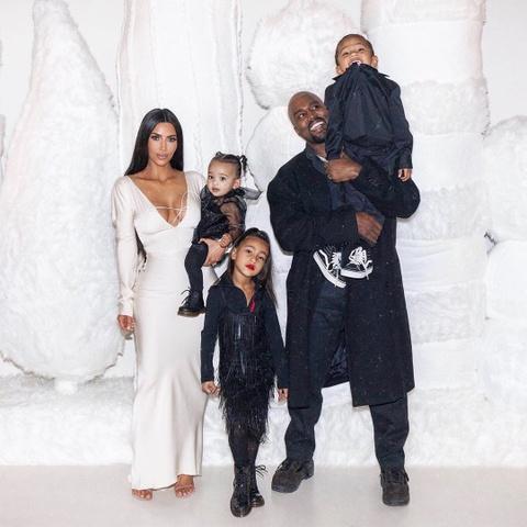 Con gai 5 tuoi cua Kim Kardashian va Kanye to son do, ngay cang xinh hinh anh 1