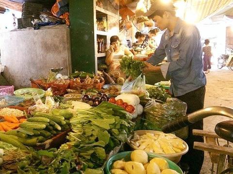 Nghich ly rau qua Viet: Nam chat via he, Bac khong du ban hinh anh