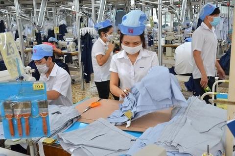 Campuchia vuot Viet Nam xuat khau det may vao EU hinh anh