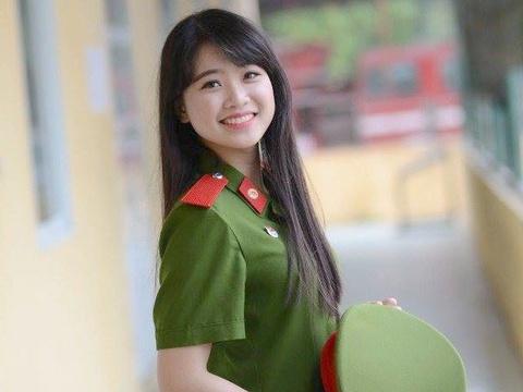 Thu khoa 9X xinh dep cua Dai hoc Phong chay chua chay hinh anh