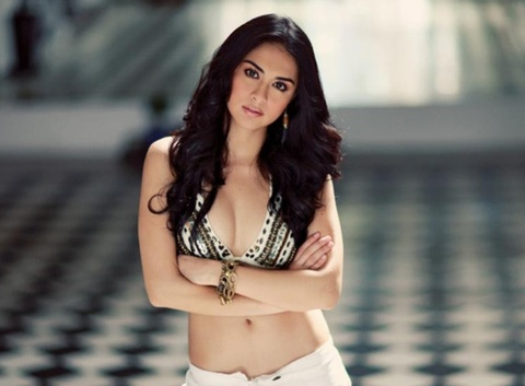 'Nang tien ca' sexy Philippines den Sai Gon hinh anh