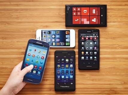 Nhung smartphone duoi 5 trieu nen chon choi Tet hinh anh