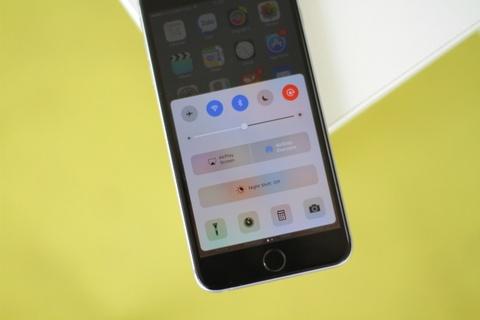 Dung thu iOS 10 beta tren iPhone o Viet Nam hinh anh 4