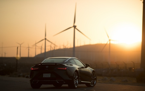 Lexus LC500 2017 khoe dang duoi hoang hon hinh anh 13