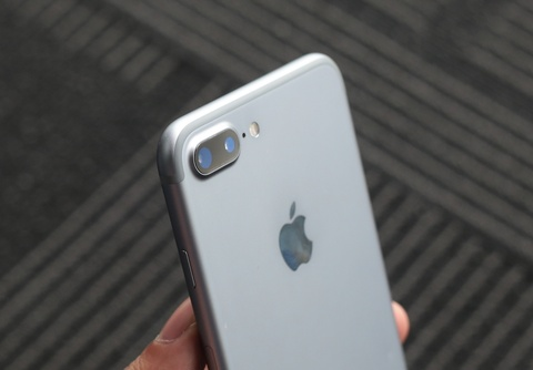 iphone 7 plus space grey hinh anh