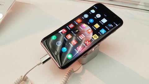 Dien thoai Huawei co AI, doan duoc y muon nguoi dung hinh anh