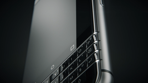 BlackBerry se tro lai voi smartphone ban phim cung hinh anh
