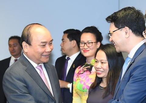 Chu tich KKR Global: Chung toi lac quan ve trien vong kinh te Viet Nam hinh anh