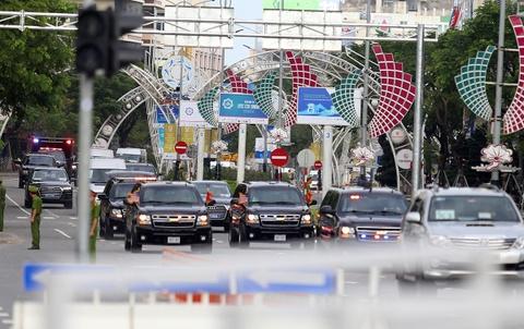 Nhat ky APEC 11/11: Ong Trump khong di 'The Beast' khi roi Da Nang hinh anh