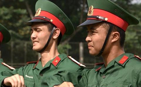 Qua trinh ren luyen tieu binh gac Lang Chu tich Ho Chi Minh hinh anh