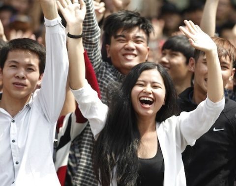 Vietnam Idol 2015: Top 3 co co hoi phat hanh dia don hinh anh