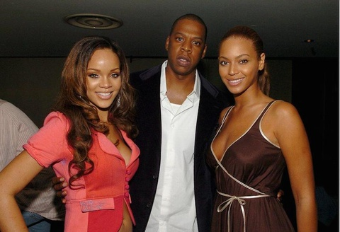Beyonce va Jay Z tung bi mat chia tay vi Rihanna? hinh anh