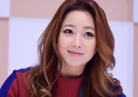 Kim Hee Sun tre dep o tuoi U40 hinh anh