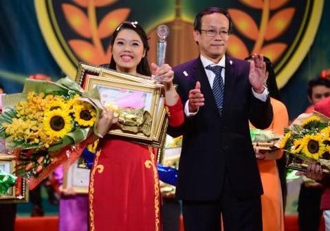 Nguyen Thi Truong An doat HCV giai Bong lua vang XI-2015 hinh anh