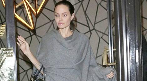 Angelina Jolie chi nang 36kg giua tin don ly hon Brad Pitt hinh anh