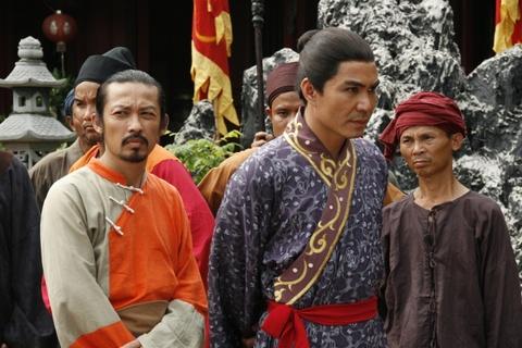 Nhung tranh cai quanh chuyen vay ao trong phim co trang Viet hinh anh 9