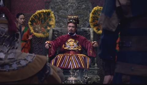 Nhung tranh cai quanh chuyen vay ao trong phim co trang Viet hinh anh 3