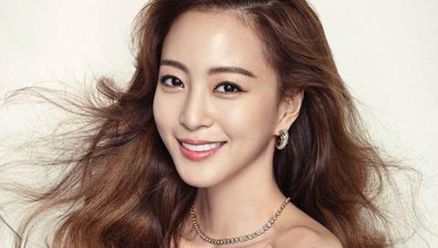 Han Ye Seul va nha san xuat Teddy chia tay sau 3 nam hen ho hinh anh