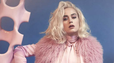 'Tra thu' Taylor Swift, Katy Perry pham sai lam nghiem trong hinh anh