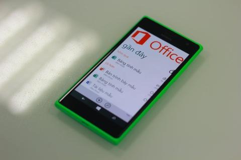 Ba yeu to lam nen suc hut cua Lumia 730 Selfie hinh anh