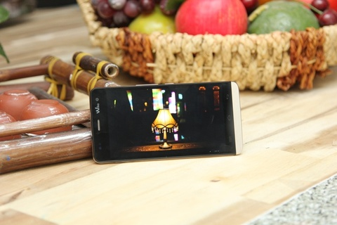 Nhung yeu to mot smartphone chuyen selfie phai co hinh anh