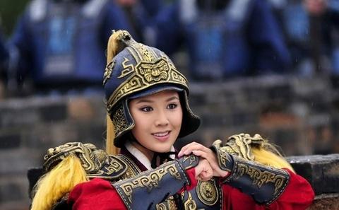 'Hoa Moc Lan': Tu hoat hinh den phien ban nguoi that hinh anh