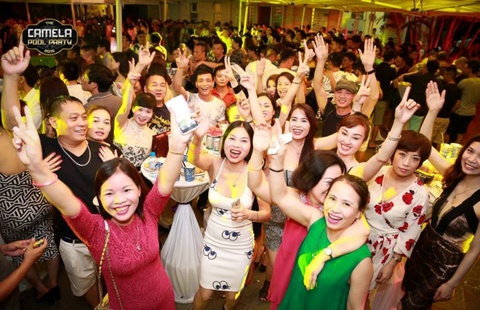 Camela Pool Party 2016: Thien duong bien giua long resort hinh anh