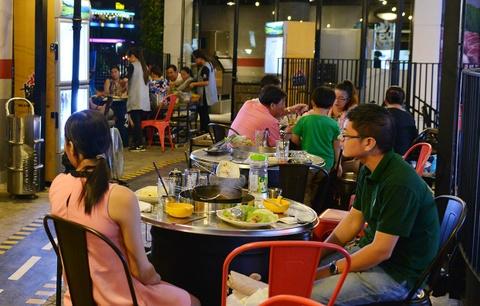 Kham pha 'Hanh trinh am thuc the gioi' o AEON Mall Binh Tan hinh anh