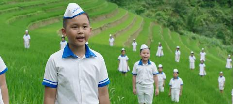 Nhung con so an tuong cua MV 'Vuon cao Viet Nam' hinh anh