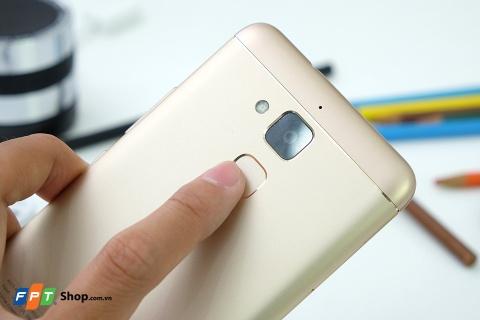 FPT Shop mo ban Zenfone 3 Max RAM 3 GB gia 4,49 trieu dong hinh anh