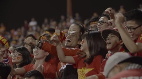 Toc Tien, Pham Anh Khoa tung bai hat truoc giai U21 Quoc te hinh anh
