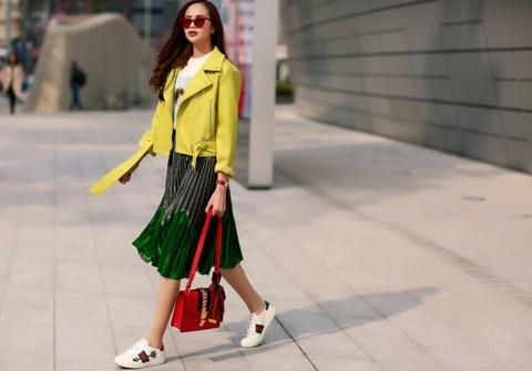 Sella Truong phoi do mau sac, noi bat tai Seoul Fashion Week hinh anh 2