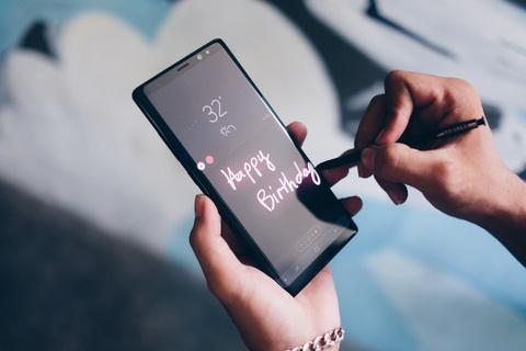 Galaxy Note 8: Su tro lai cua nha vua hinh anh 11