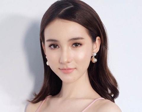 Hanh trinh den vuong mien cua Hoa hau chuyen gioi Thai Lan 2017 hinh anh