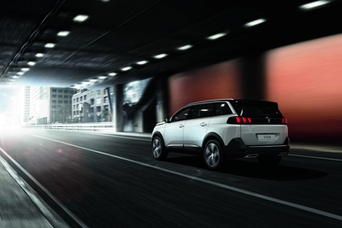 Peugeot 5008 - SUV 7 cho the he moi ve Viet Nam thang 12 hinh anh