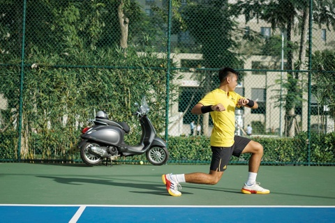 Ly Hoang Nam: Tu cau be danh tennis luc ngu mo den tay vot so 1 DNA hinh anh 3