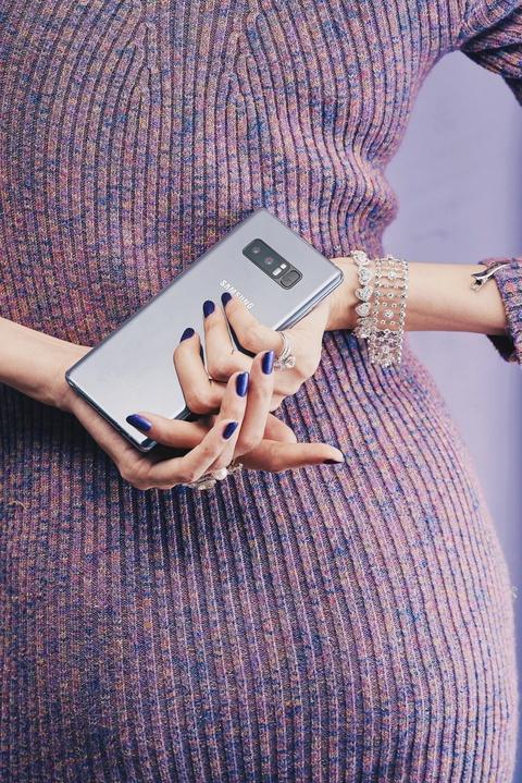 Galaxy Note 8 tim khoi: Dep nhu phu kien thoi trang hinh anh 12