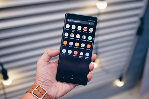 Galaxy Note 8 tim khoi: Dep nhu phu kien thoi trang hinh anh 5