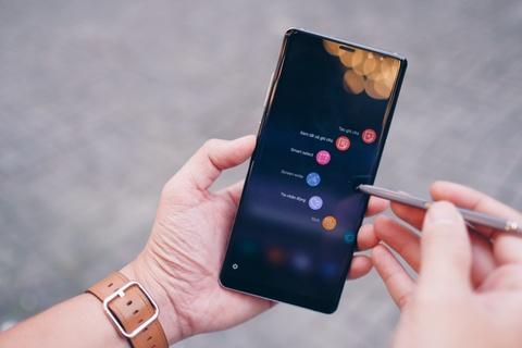 Galaxy Note 8 tim khoi: Dep nhu phu kien thoi trang hinh anh 10