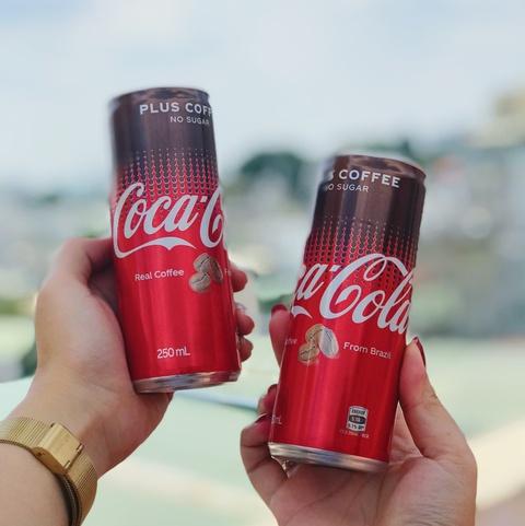 Coca-Cola them ca phe nguyen chat da co mat tai Viet Nam hinh anh