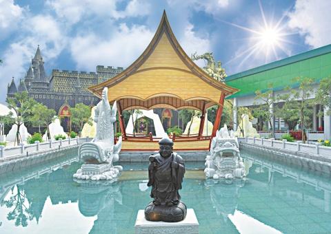 Ve Suoi Tien du le Gio quoc to Hung Vuong va dai le 30/4 - 1/5 hinh anh 4