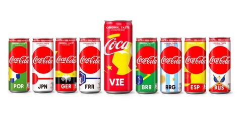 Coca-Cola gioi thieu mau lon lay cam hung tu World Cup hinh anh