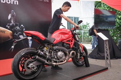 Nuoc tang luc Compact dong hanh voi sieu xe Ducati Monster moi hinh anh 1