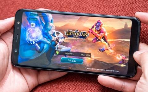 Galaxy A6/A6+: Smartphone tam trung so huu nhieu tinh nang cao cap hinh anh 3