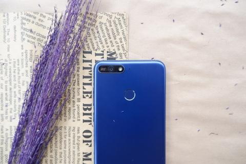 Huawei Y6 Prime: Thiet ke hien dai, hieu nang kha hinh anh 4