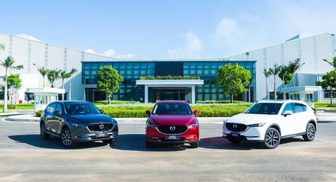 Thaco cong bo gia ban xe Mazda mau son cao cap moi hinh anh